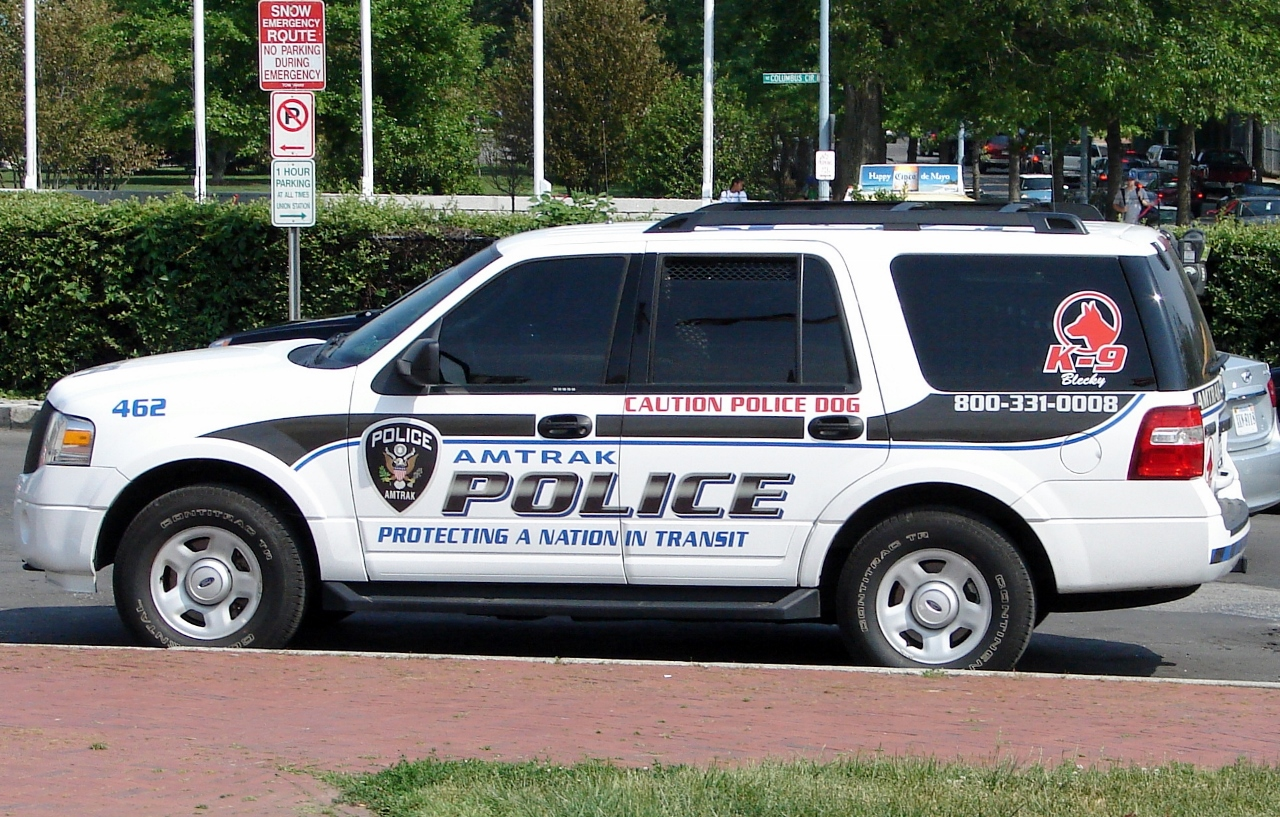 2010 ford expedition k 9 unit