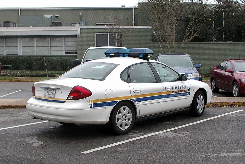 ford taurus police interceptor for sale. Black Bedroom Furniture Sets. Home Design Ideas